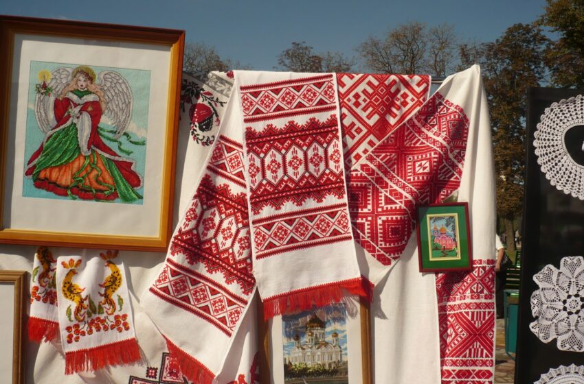 A bond of time: the Belarusian towel