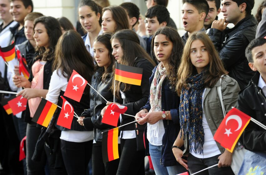 Turkish Labour Migration to Germany